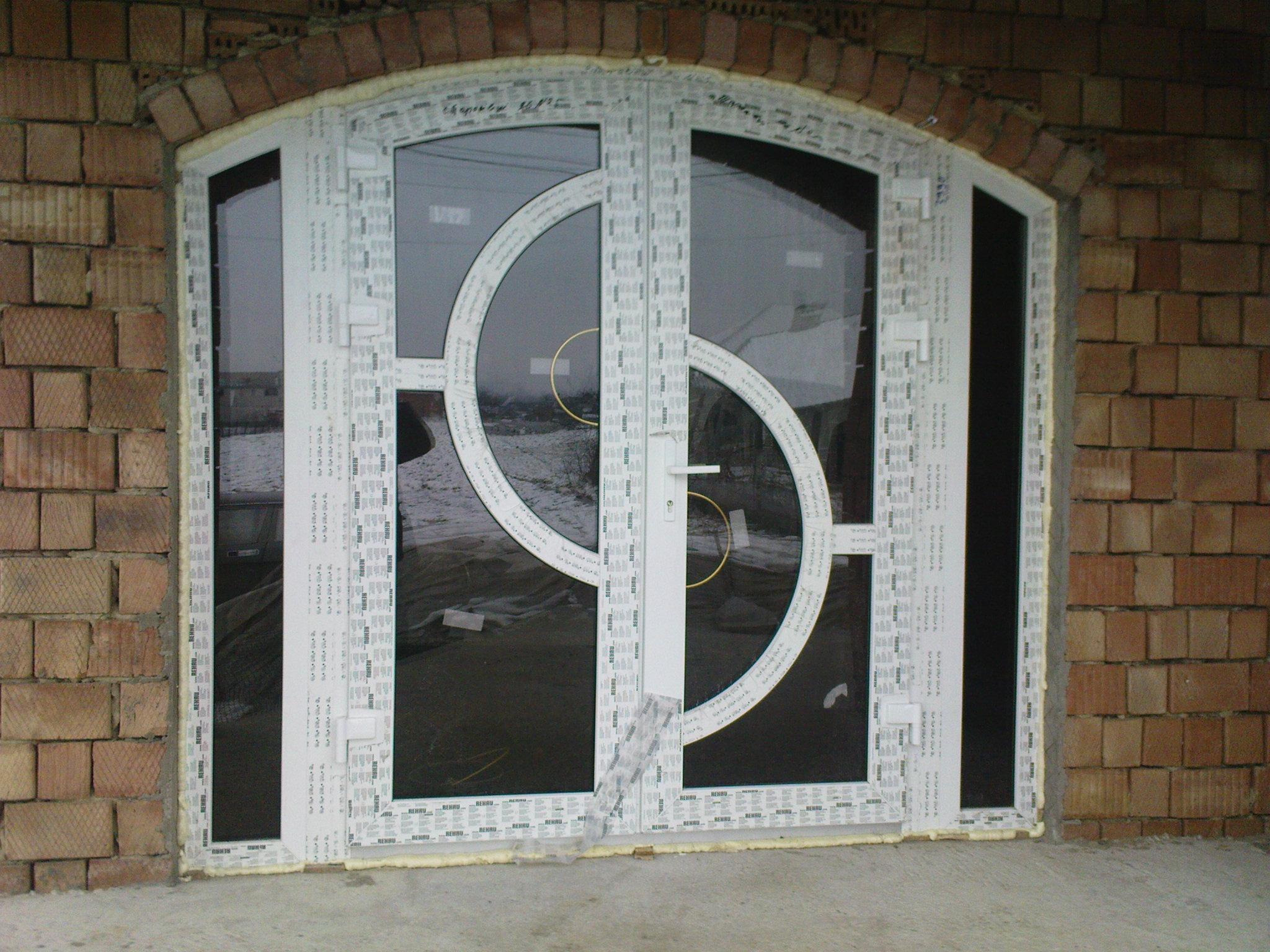 двери входные из пластика фото